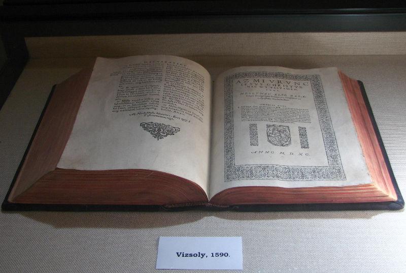 A vizsolyi Biblia egy példánya
